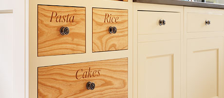 Accent drawers