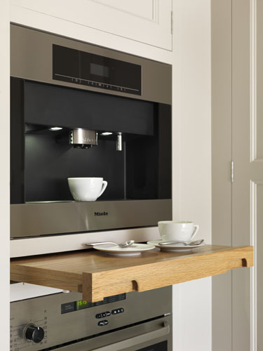 Discreet pull out shelves
